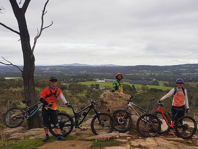 Primo conditions at @lalarrbagauwa today. @rockymountainbicycles family fleet loving the techy ups and downs. #lovetheride #altitude #thunderbolt #slayer