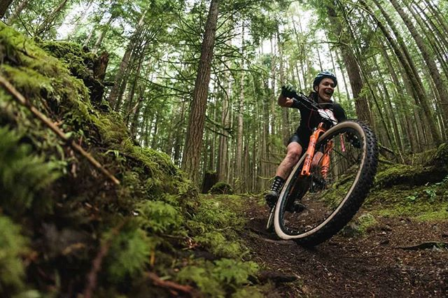 Another MASSIVE congrats to @_hillkaren_ for her top 10 finish at @bcbikerace in the Solo Women Category on her @rockymountainbicycles Element. Huge effort, big smile and a whole lot of suffering. #lovetheride #inyourelement 🤘🇨🇦🏔