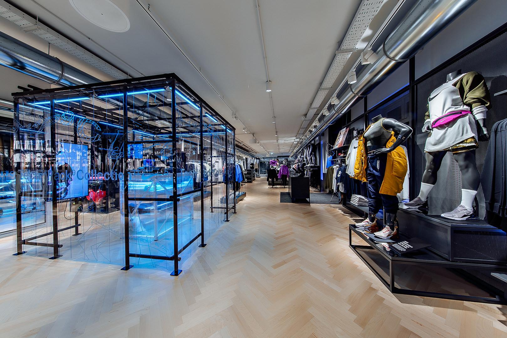 2018_09_14_Nike_Store_CVE_0213.jpg