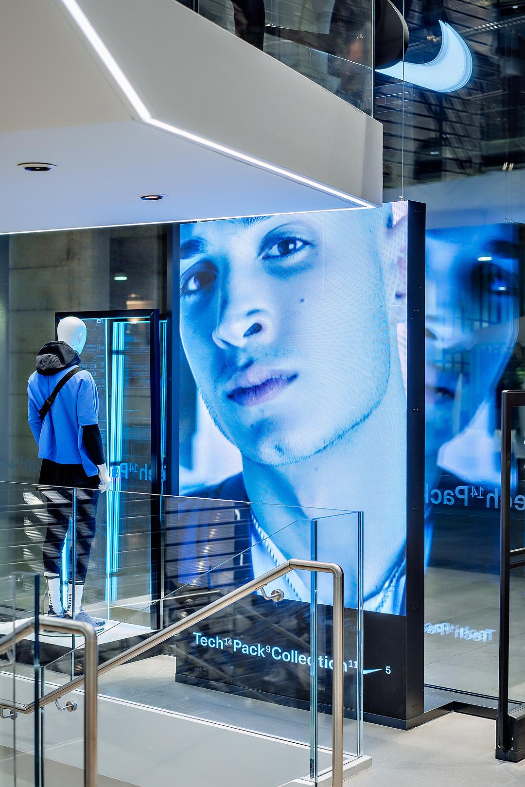2018_09_14_Nike_Store_CVE_0177.jpg