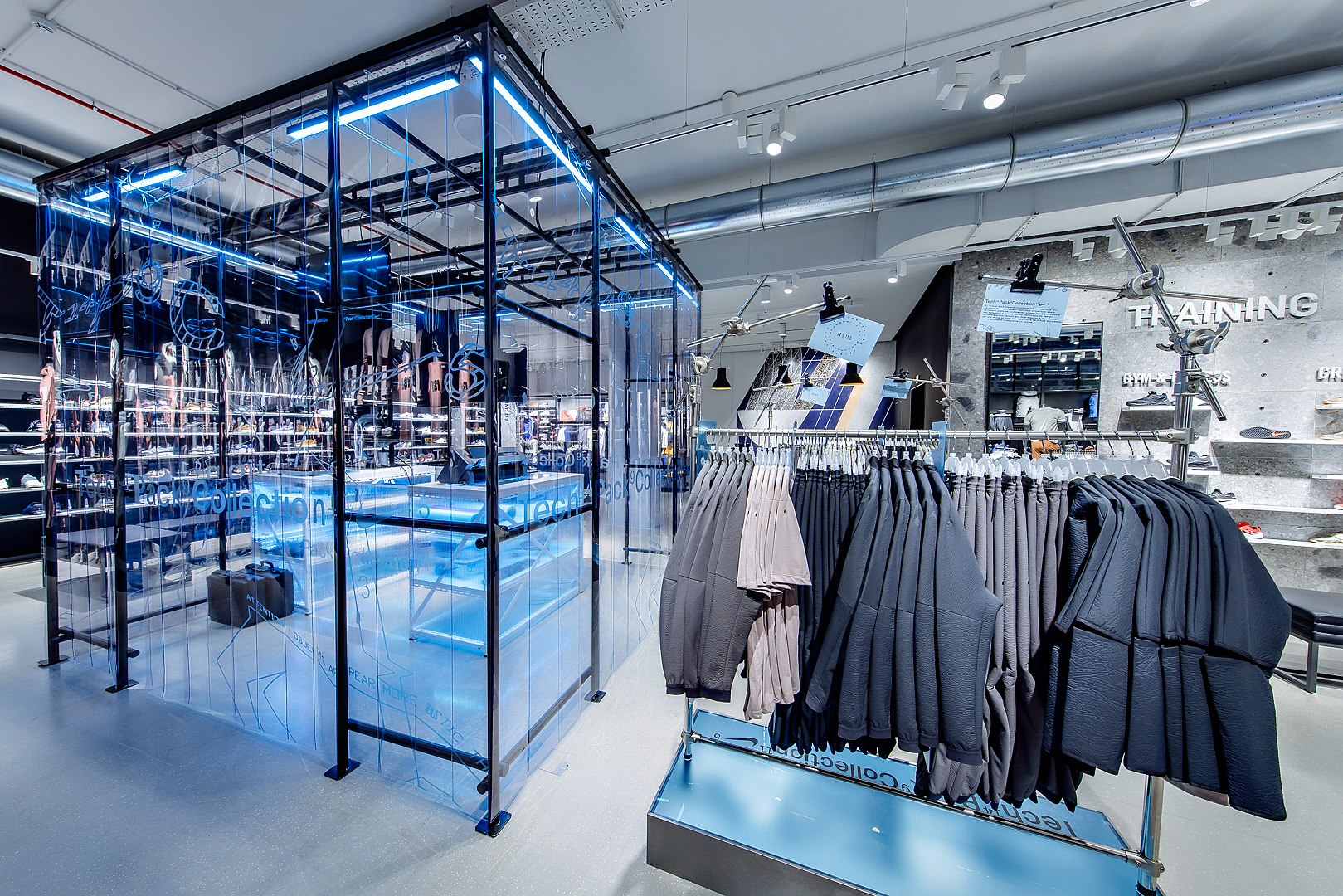 2018_09_14_Nike_Store_CVE_0120.jpg