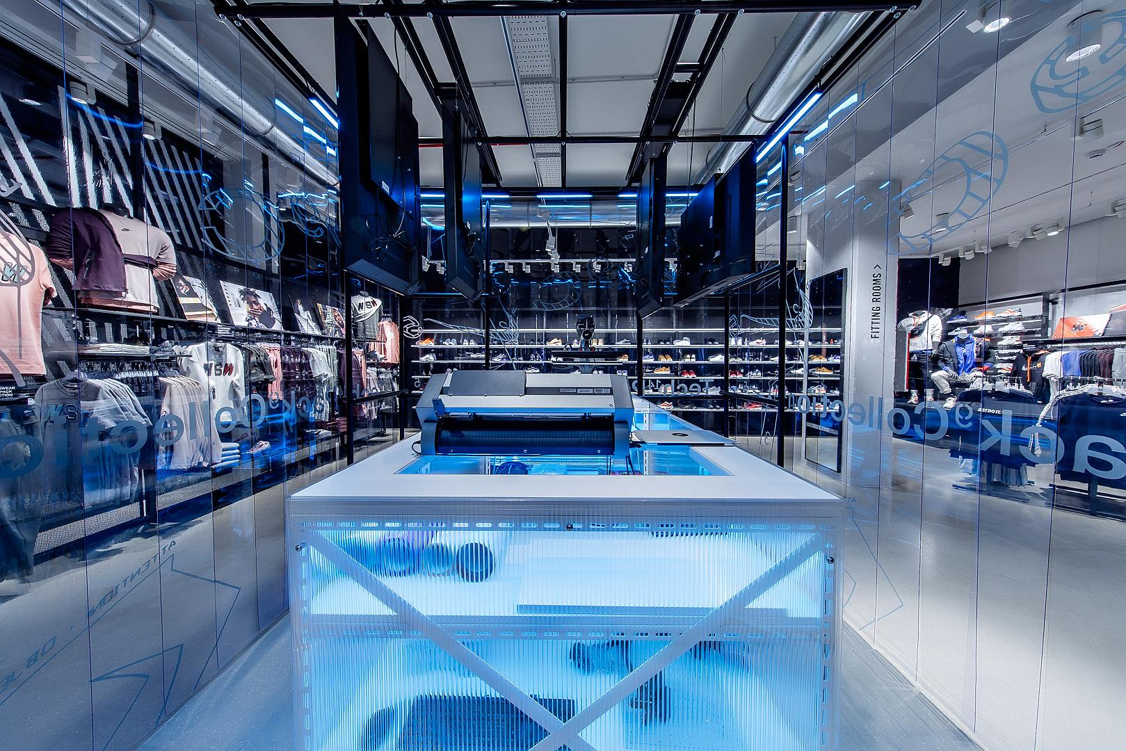 2018_09_14_Nike_Store_CVE_0060.jpg