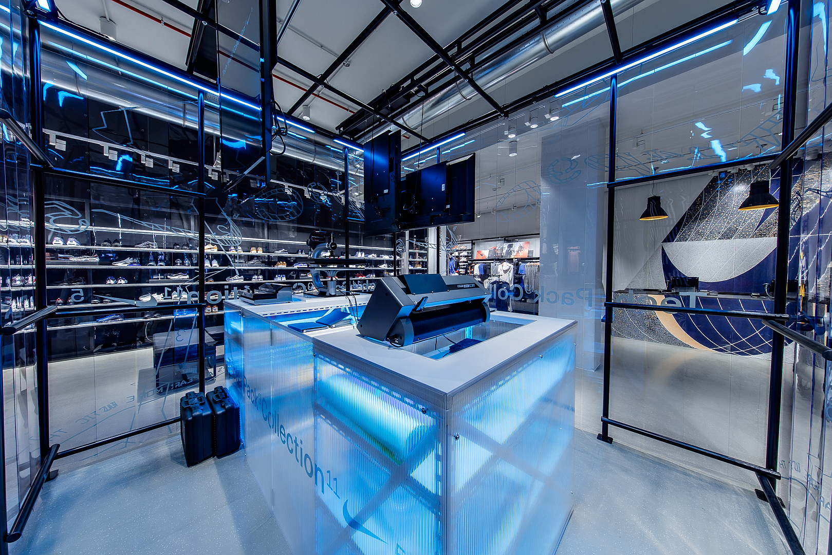 2018_09_14_Nike_Store_CVE_0084.jpg