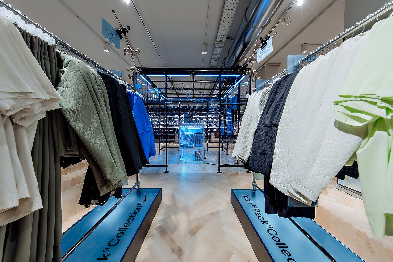 2018_09_14_Nike_Store_CVE_0085.jpg