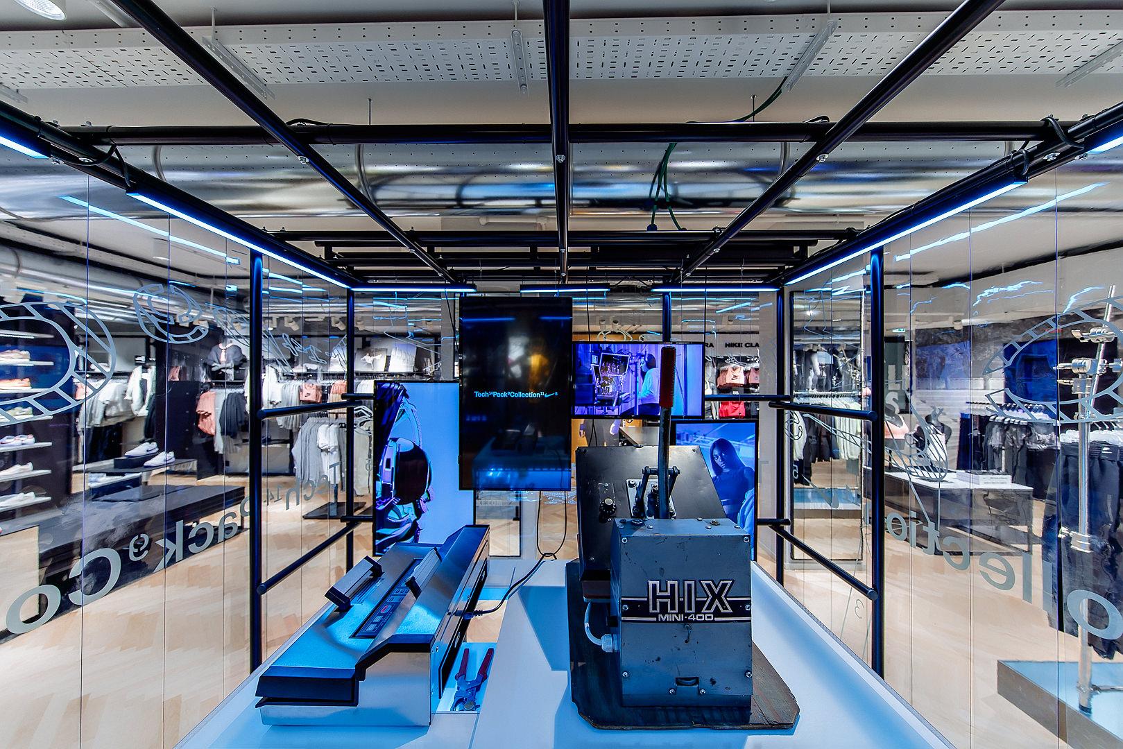 2018_09_14_Nike_Store_CVE_0034.jpg