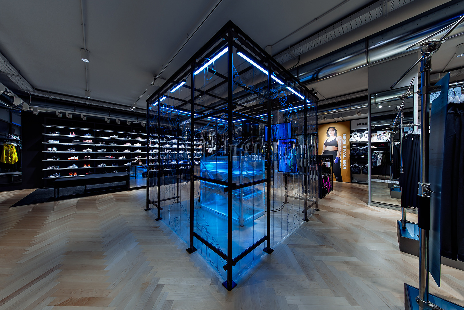 2018_09_14_Nike_Store_CVE_0009.jpg