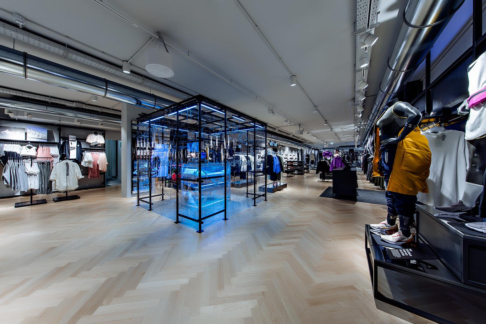 2018_09_14_Nike_Store_CVE_0014.jpg