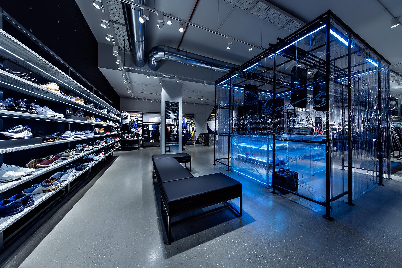 2018_09_14_Nike_Store_CVE_0019.jpg
