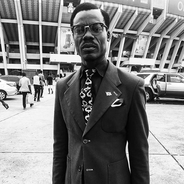 Sunday's best! With photo inspiration by Congolese photographer @esther_nsapu street portait in #Kinshasa 🇨🇩☕️❤️ #esthernsapu #congolese #style