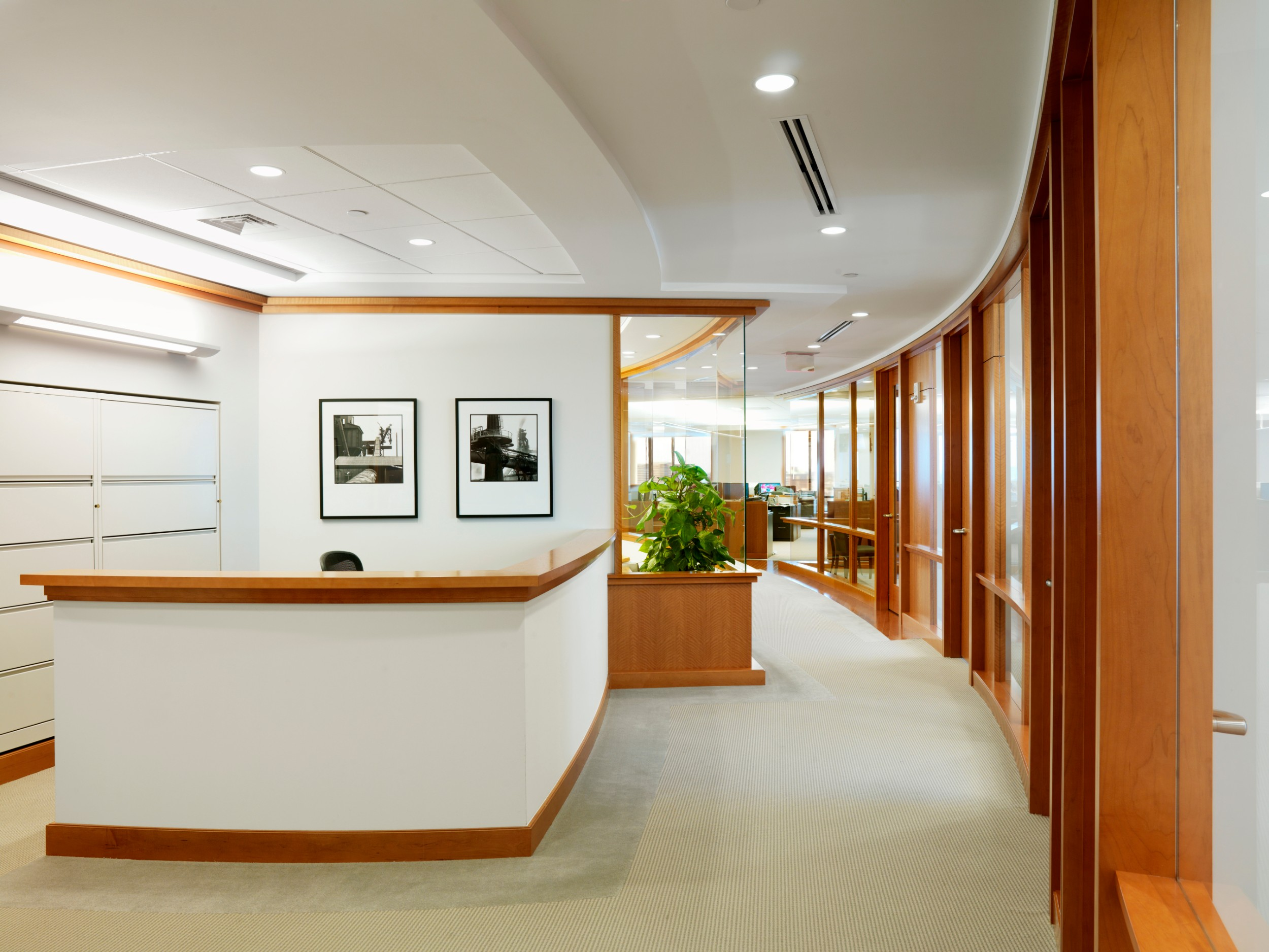Corderman_Confidential_Office_Interior_Construction_Hallway_Side_Reception.jpg