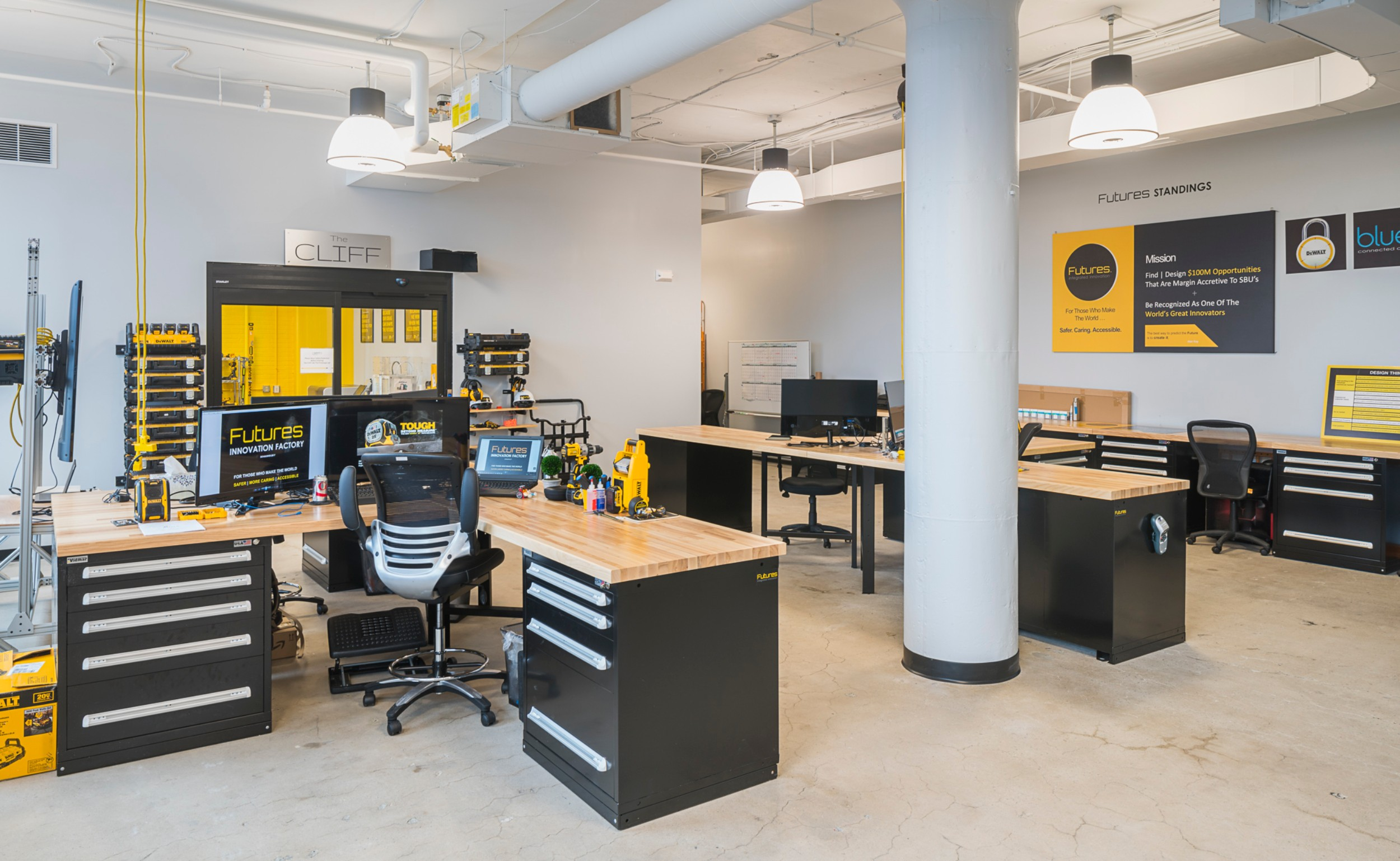 Stanley_Black_Decker_Corderman_Construction_Work_Station_Area_Boston_Seaport.jpg