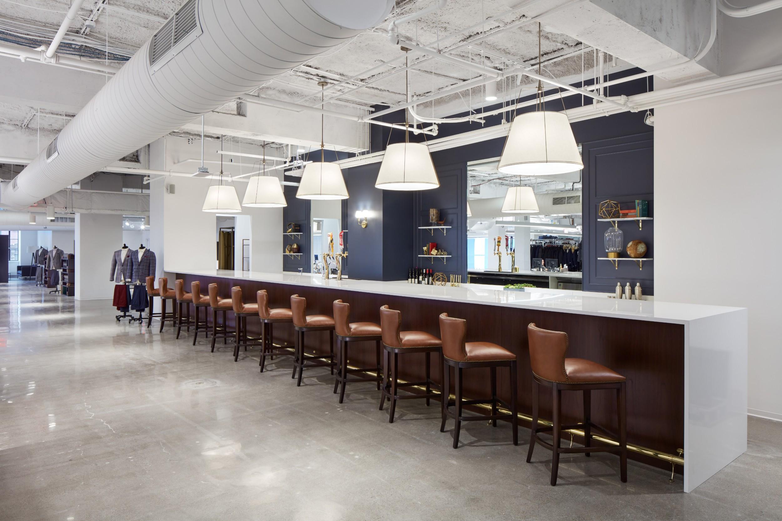 Trunk_Club_Boston_Bar_Construction_Wide.jpg
