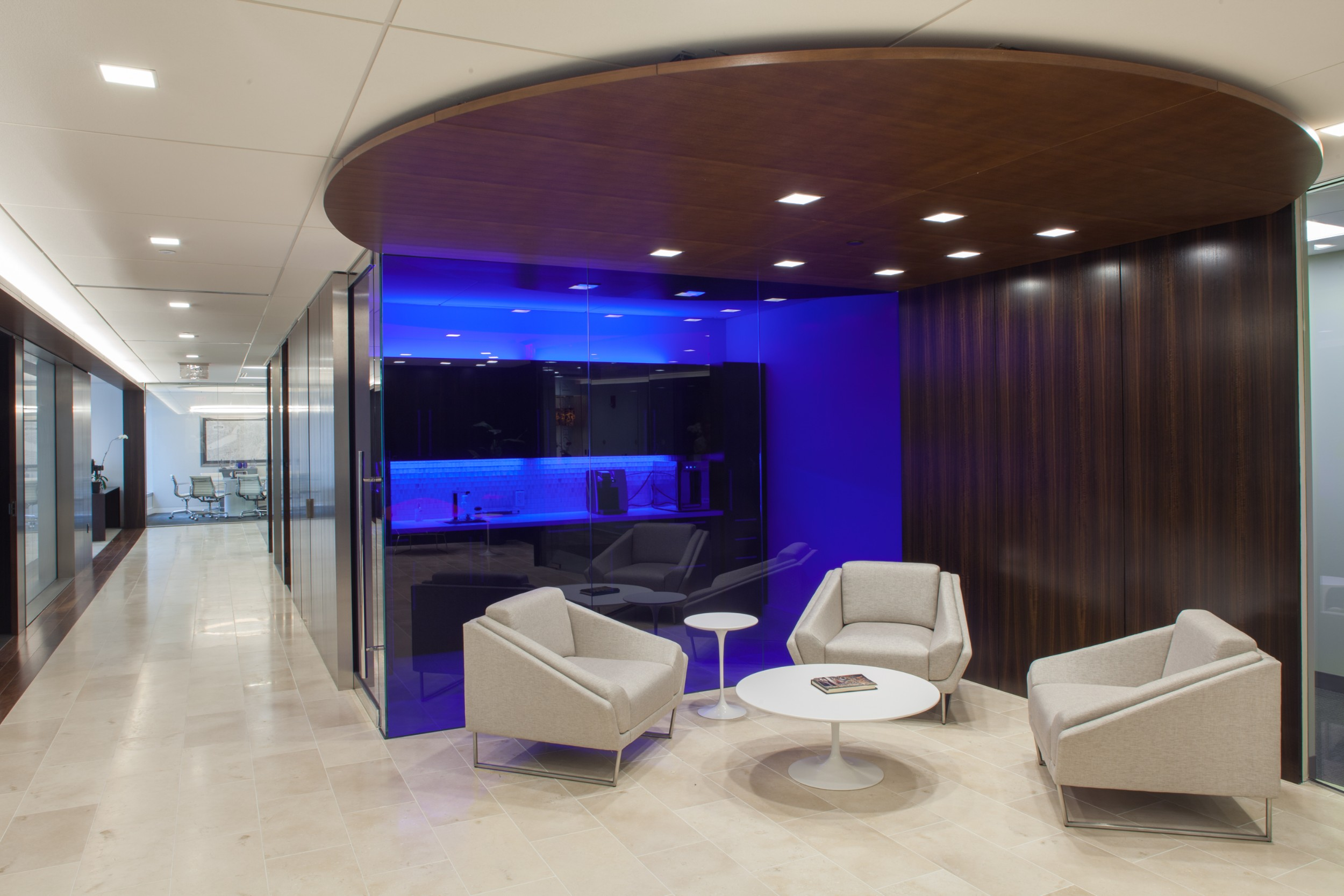 Boston_Investor_Services_Northern_Cross_Reception_Hallway_Seating_Lighting_Corderman_Construction.jpg