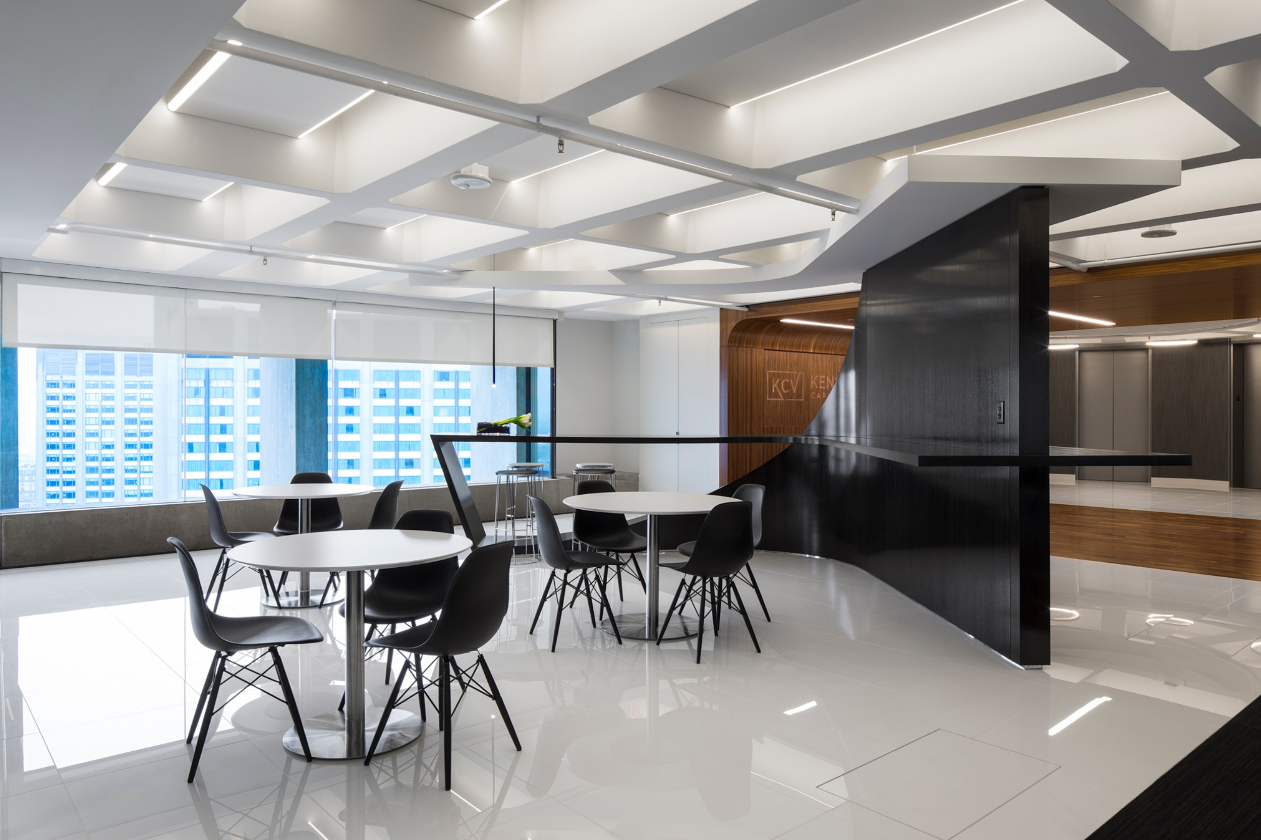 Kensington_Capital_Ventures_Holdings_Corderman_Construction_Office_Finance_Boston_Seating_Area_Cafe.jpg