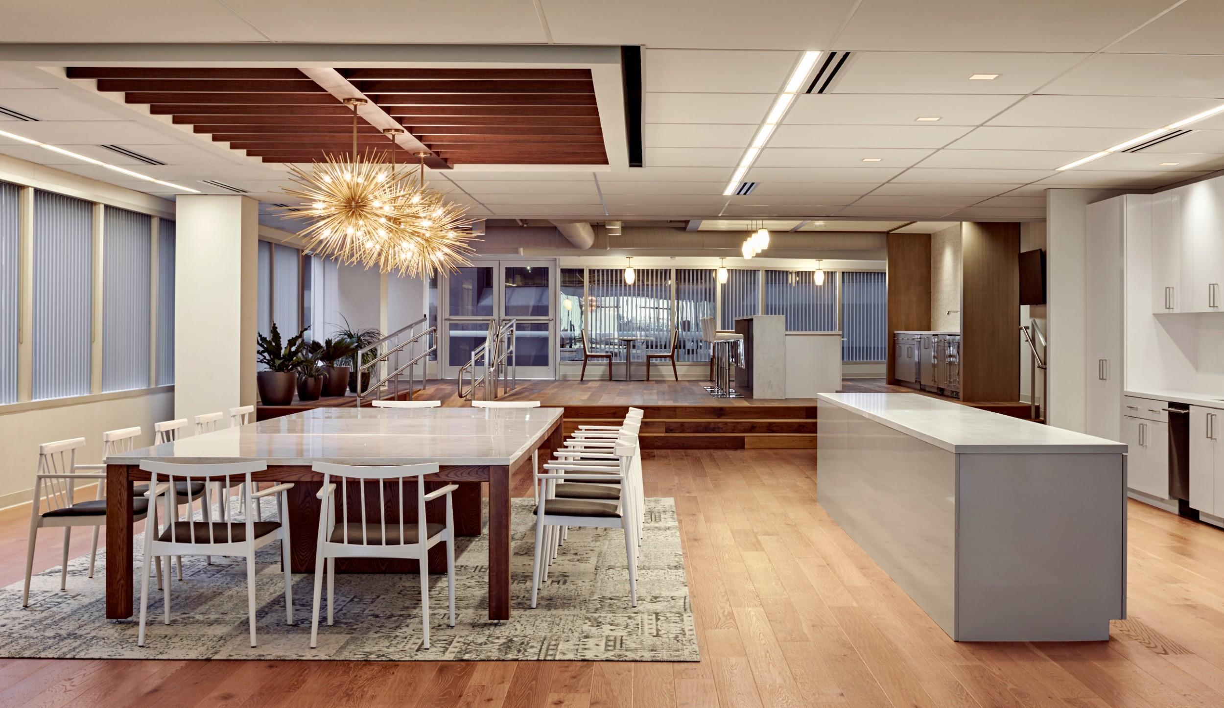 Corderman_Construction_CBRE_Amenity_Center_100_High_Kitchen_Cafe.jpg