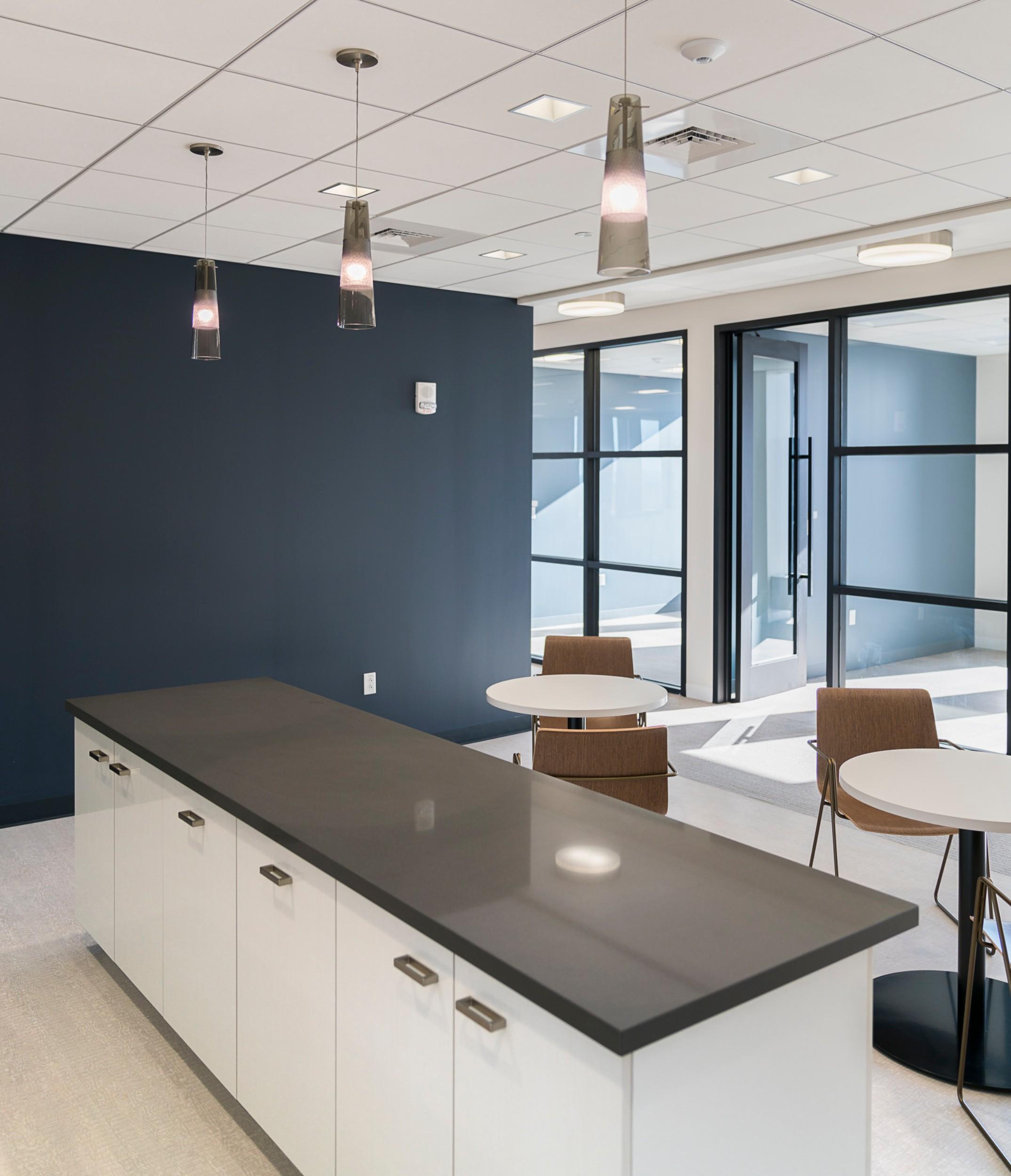 CBRE_Corderman_Construction_One_Boston_Place_Counter_Office.jpg