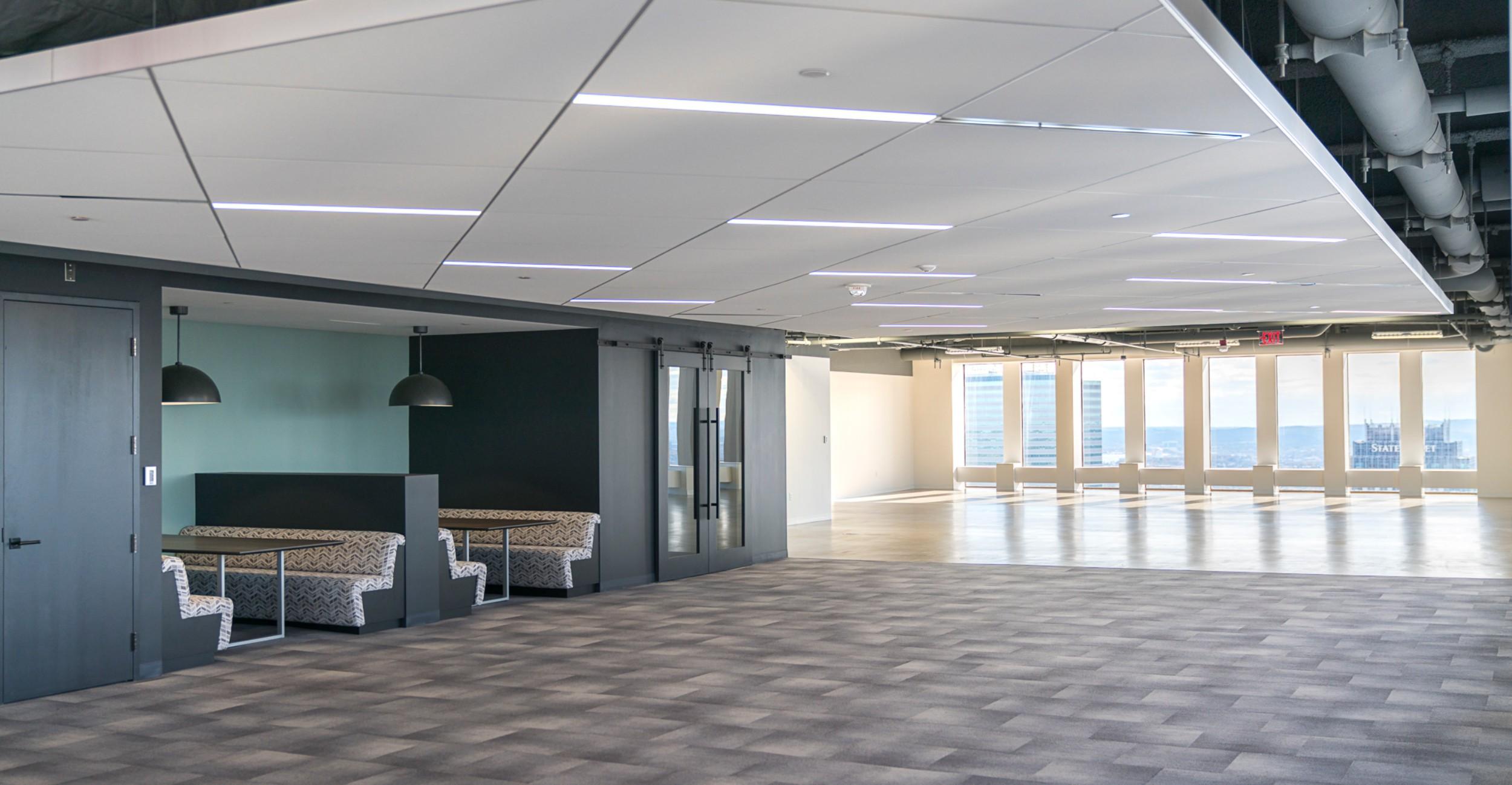 CBRE_Corderman_Construction_One_Boston_Place_Expansive_View.jpg
