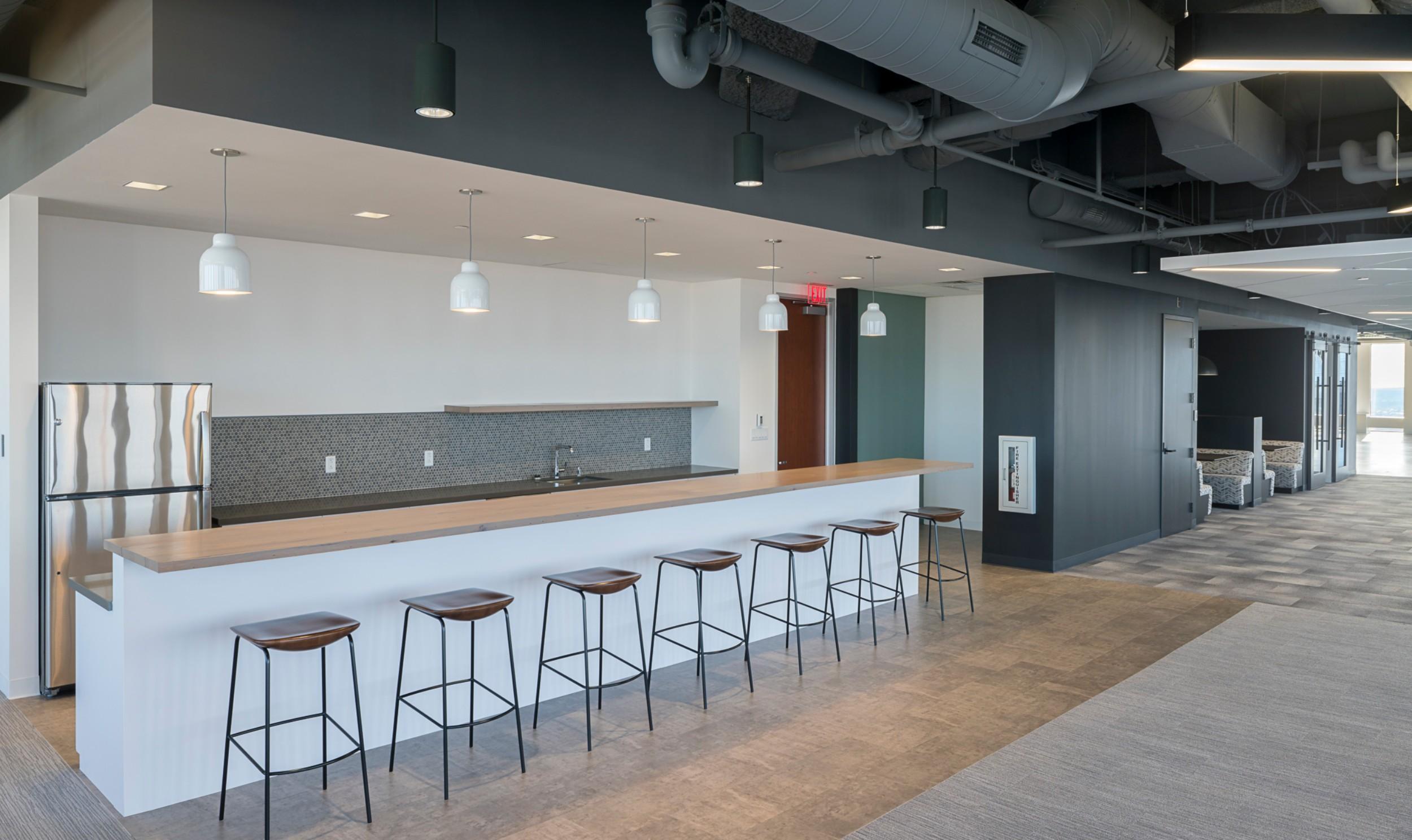 CBRE_Corderman_Construction_One_Boston_Place_Kitchen.jpg