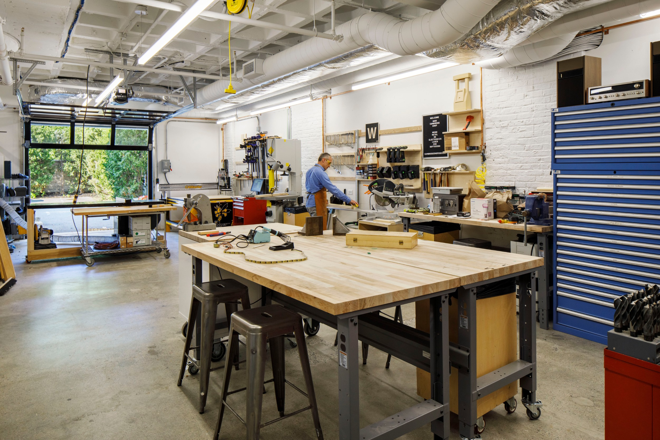 IDEO_Cambridge_Corderman_Company_Construction_Interior_Office_Metal_Wood_Workshop_Design.jpg