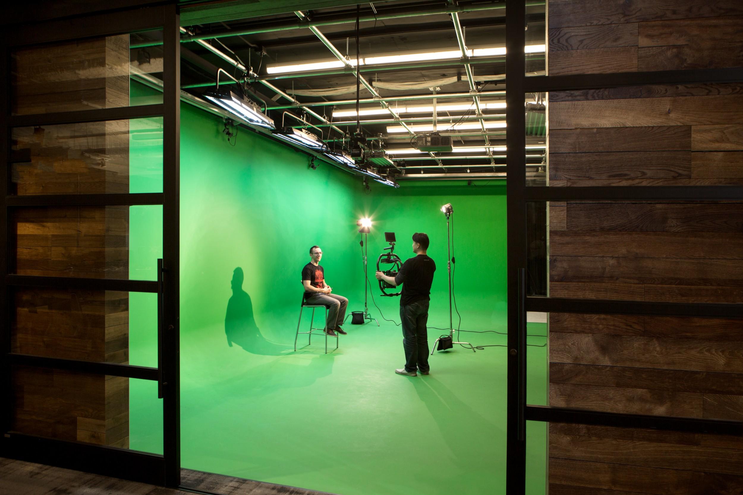 Corderman_Company_Construction_Neoscape_Office_Design_Seaport_Boston_Film_Studio_Green_Screen.jpg