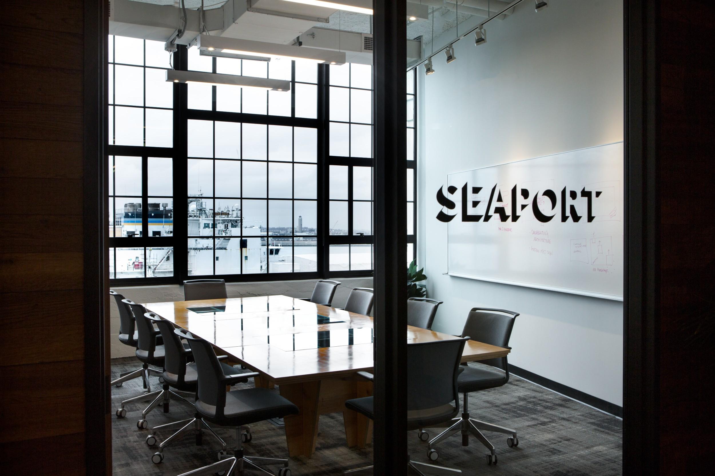 Corderman_Company_Construction_Neoscape_Office_Design_Seaport_Boston_Meeting_Room_2.jpg