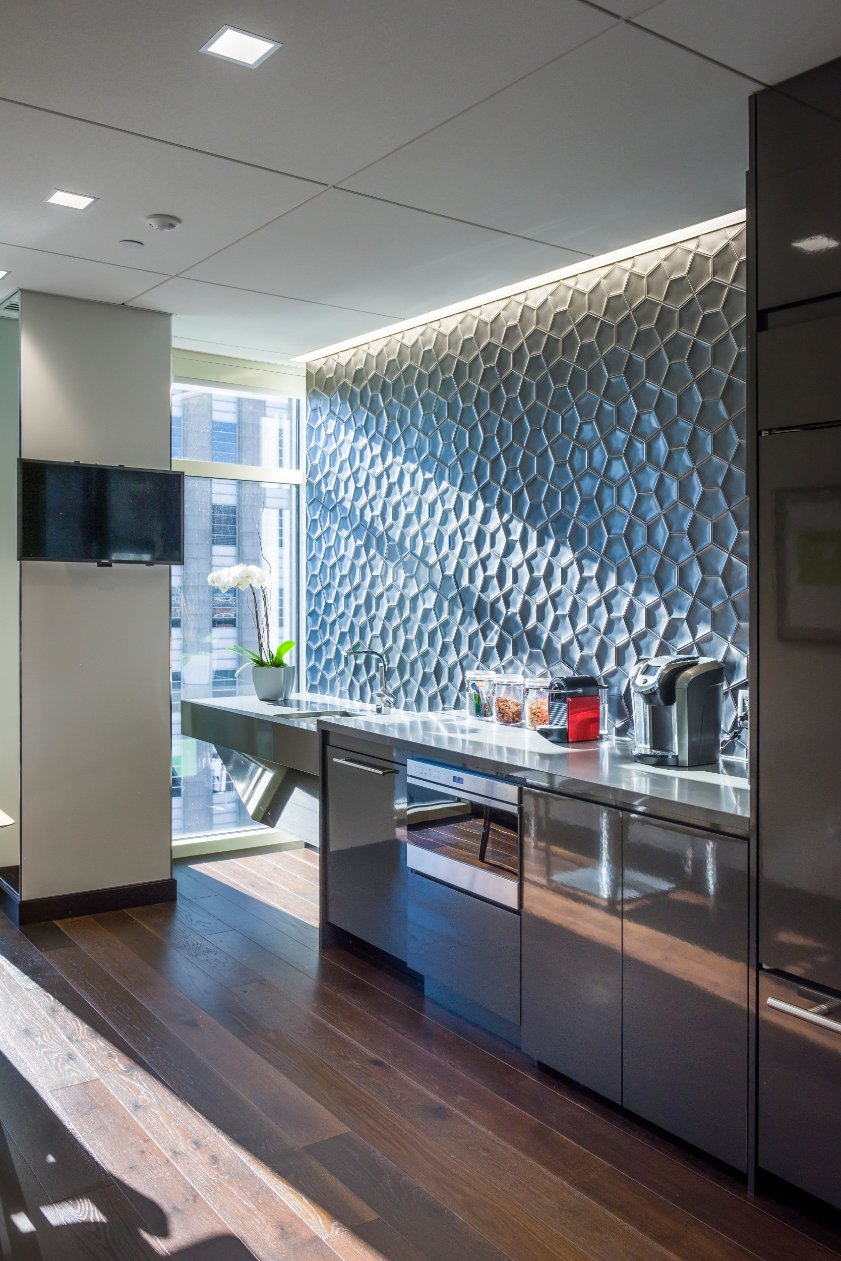 Corderman_Construction_Martignetti_Companies_Interior_Office_Buildout_Kitchen.jpg