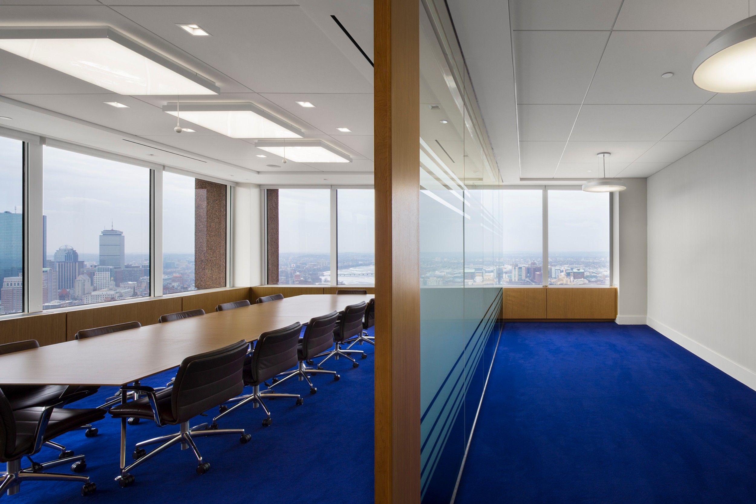 Corderman_Construction_Standard_Life_Investments_Financial_Office_Conference_Room.jpg