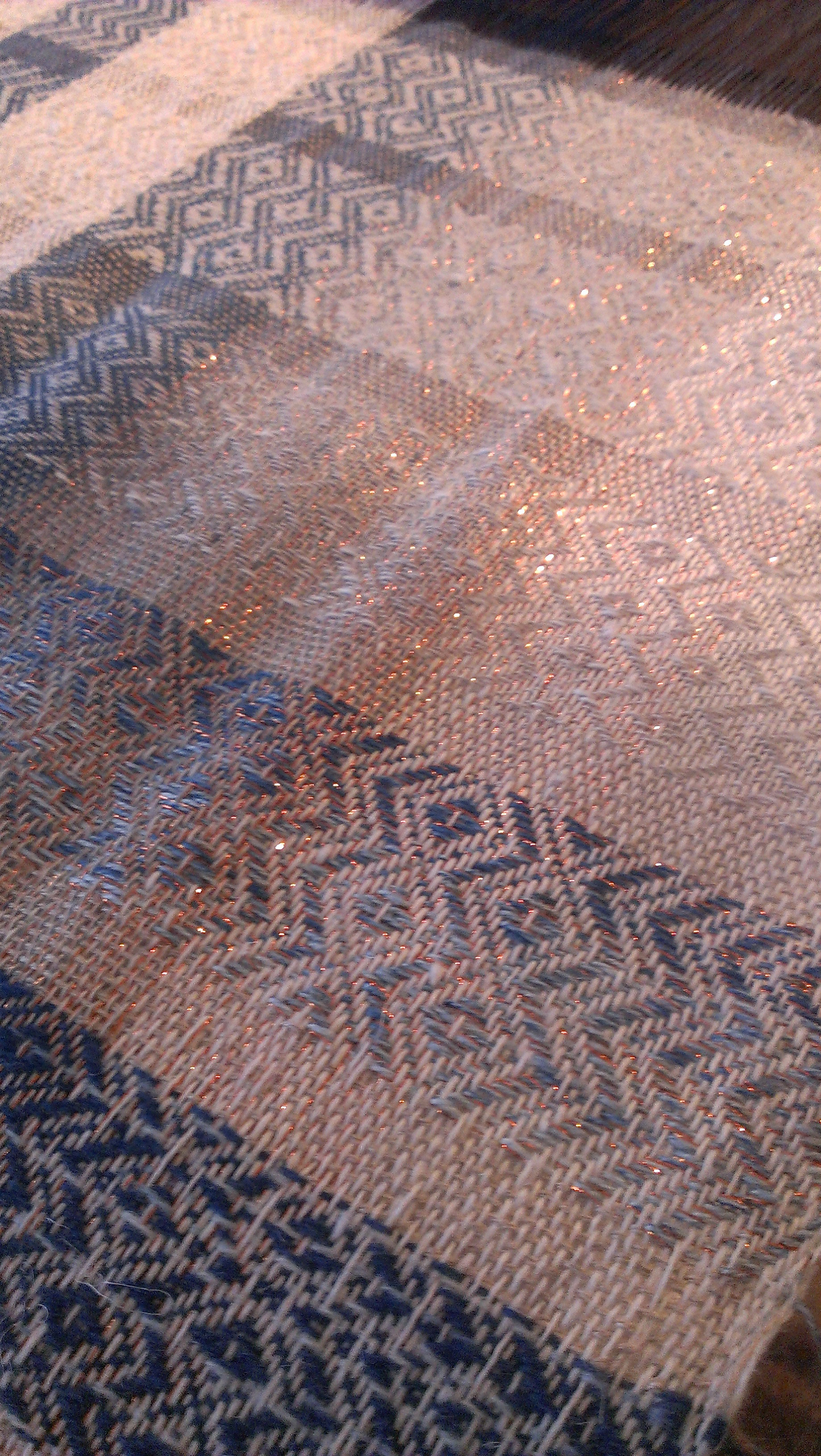 Linen wool and copper mix. Natural and indigo dyed
