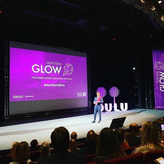 Arto ja Juuso tänään Northern Glow -bisnestapahtumassa. Tapahtuman avasi Oulun suurlähettiläs. #northernglow