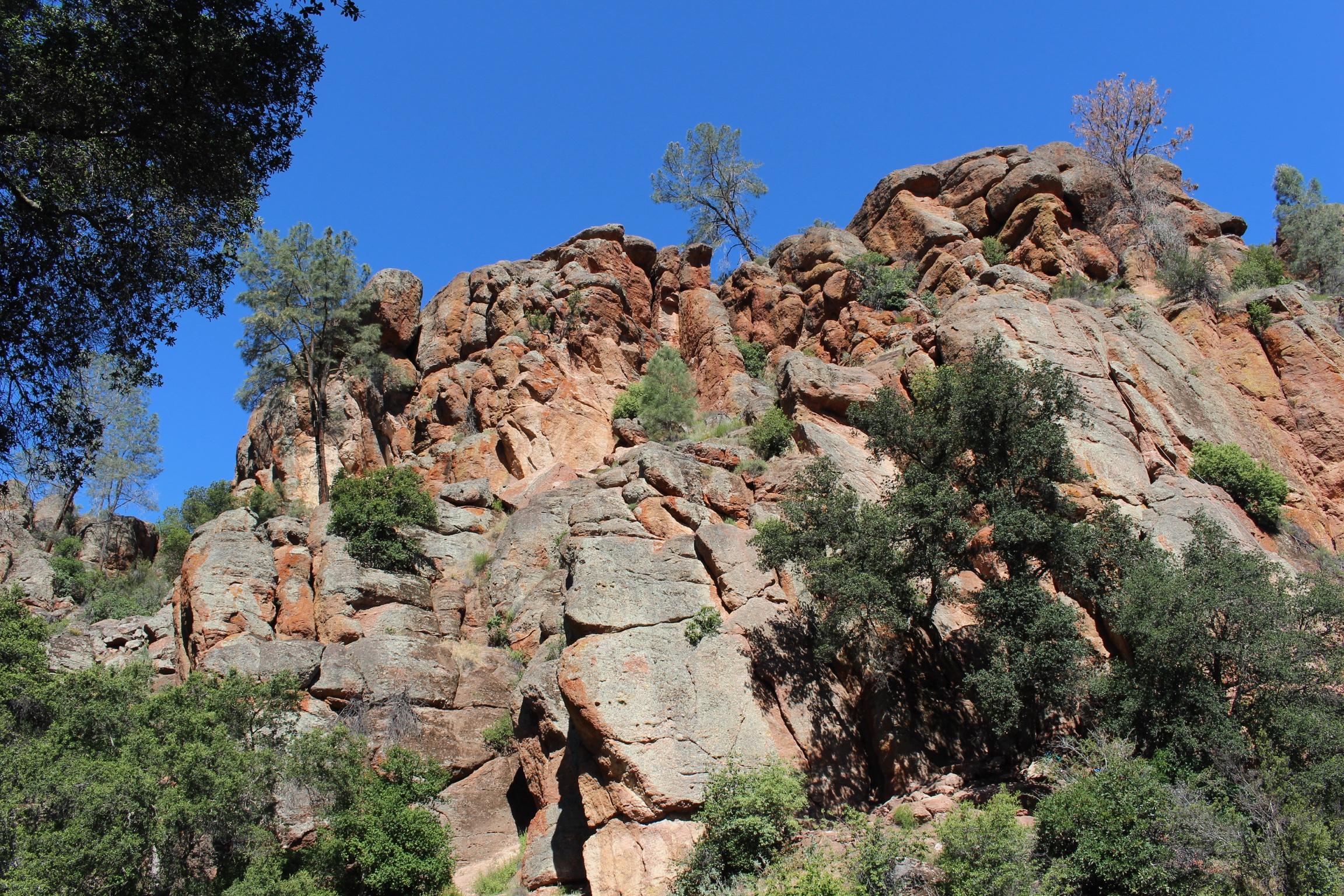 pinnacles-rock-hiking-california.jpg