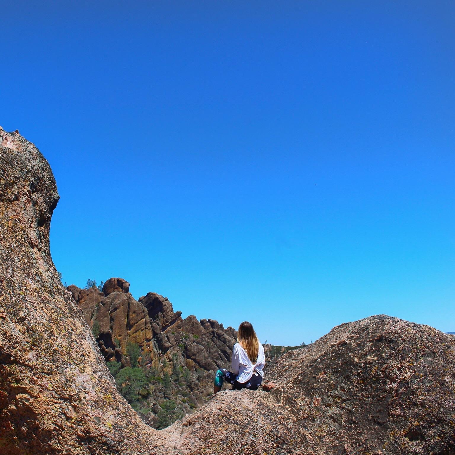 fabletics-pinnacles-california.jpg