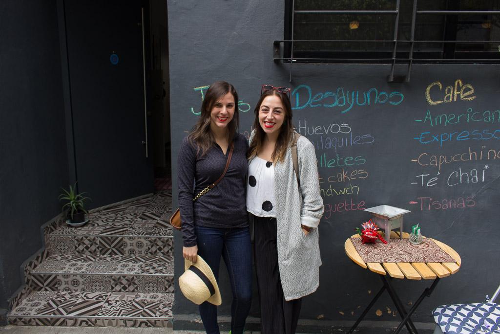 My friend Jess & I outside of Amor Ti Amo Cafeteria.