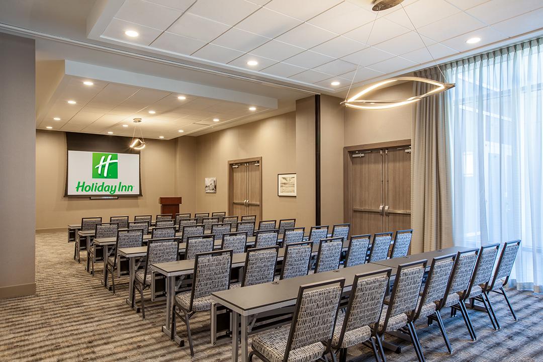 Meeting Room 2082416.jpg