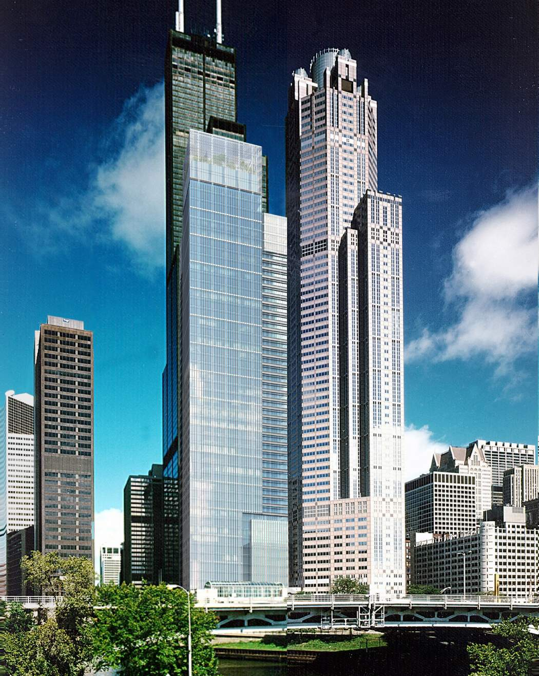 301 & 321 S Wacker - Chicago, IL Developed by MDG, Asset Management by MAM