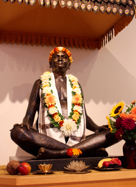 """The statue or """"Murti"""" of Nityananda at The Movement Center"""