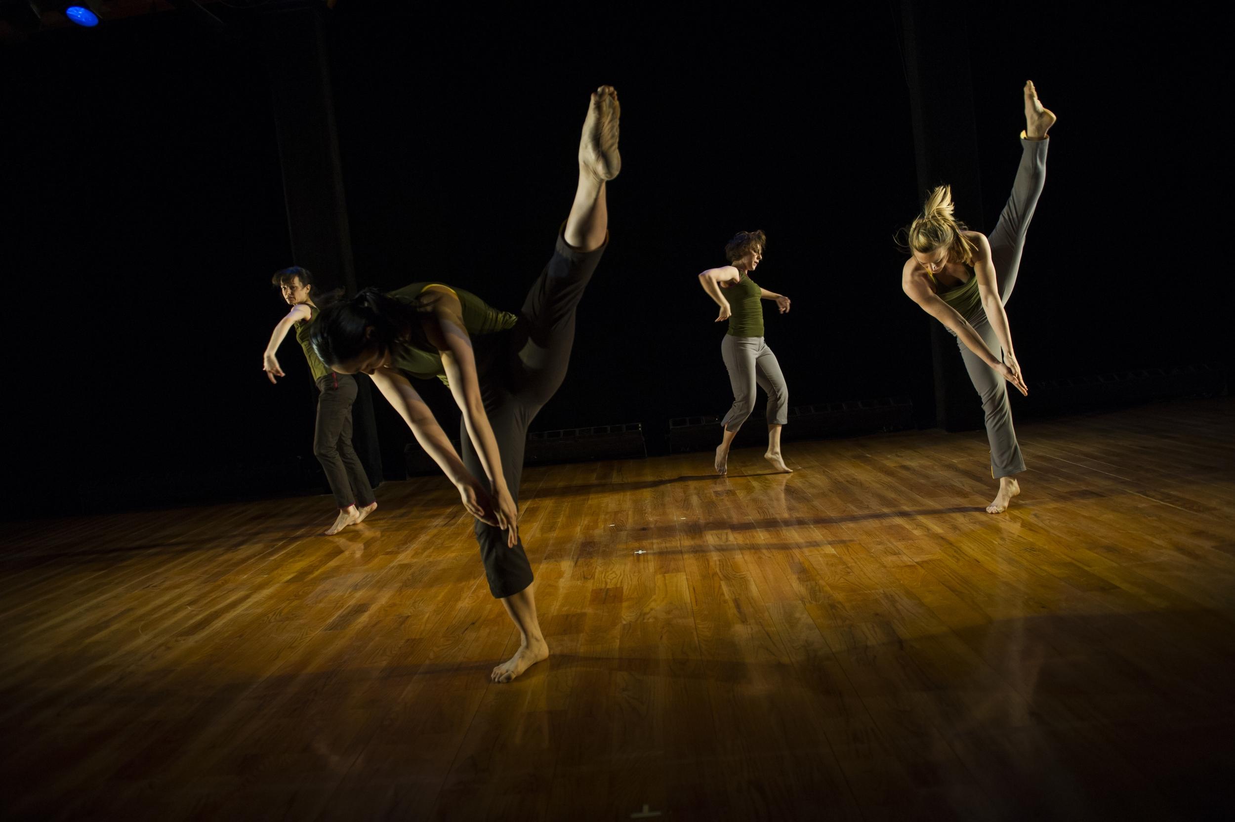 Sue_Bernhard_Danceworks_Paula_Lobo-13.jpg