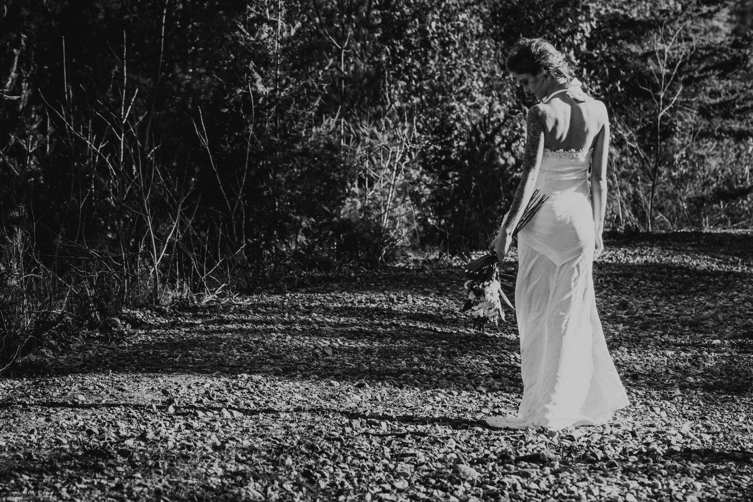 black-white-ottawa-wedding-photographer
