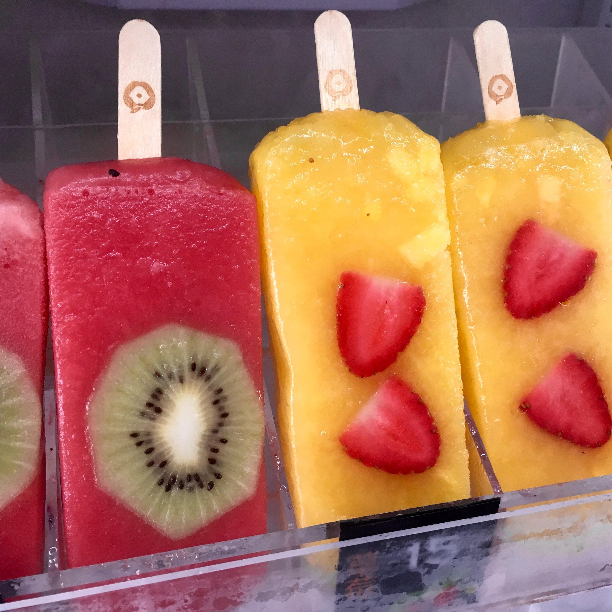 Don't these fruity ice pops look refreshing?