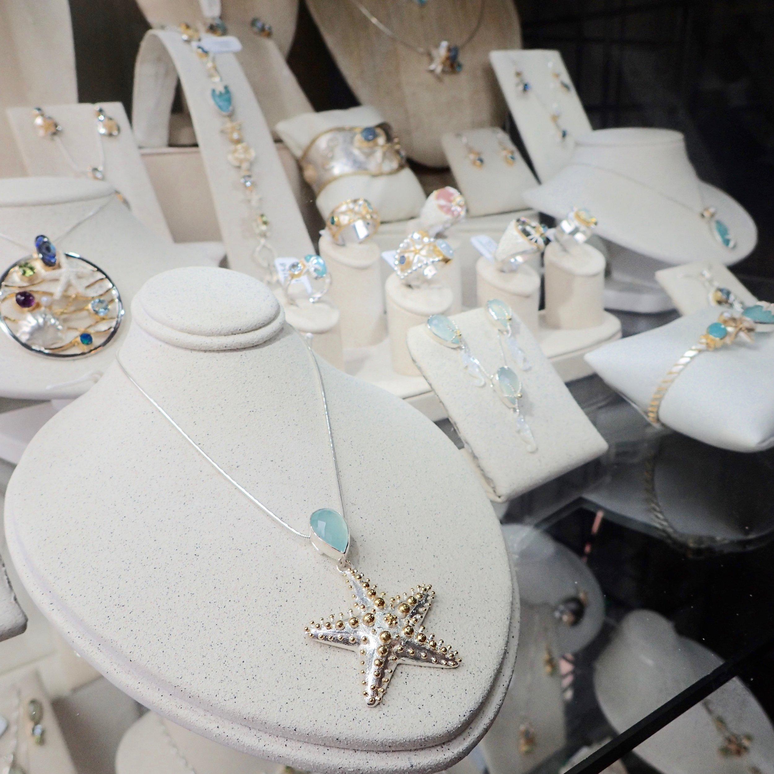 Wyland Gallery jewelry