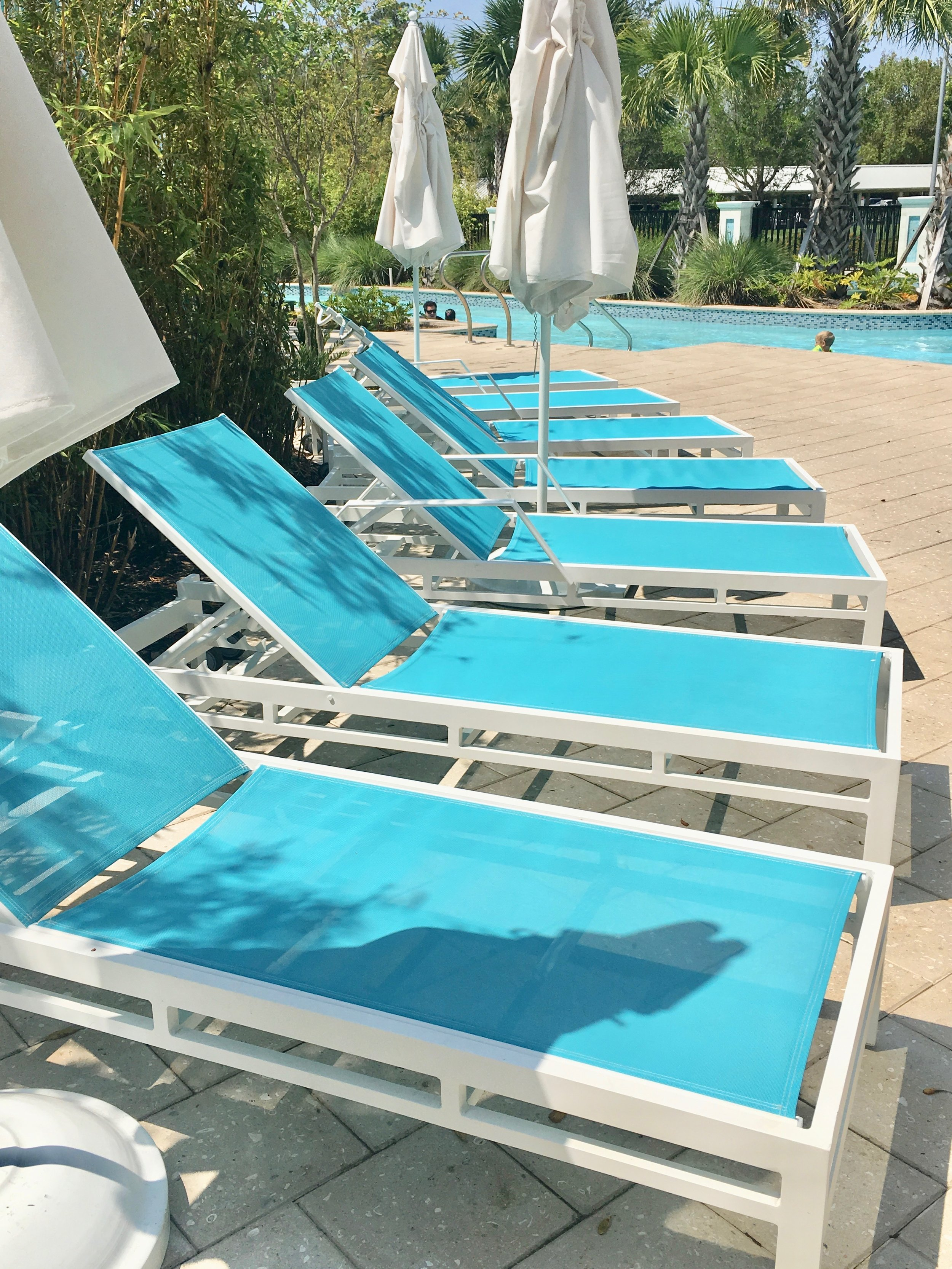 Tour the Hilton Orlando Buena Vista Palace loungers