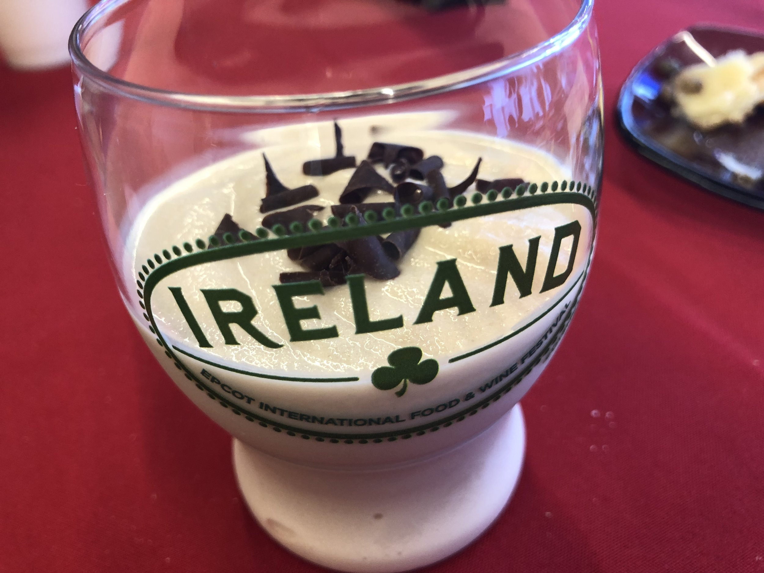 Photo-wise, I'll leave you on a sweet note. This is a Guiness Baileys Shake. It's rich and sweet and a little chocolately.