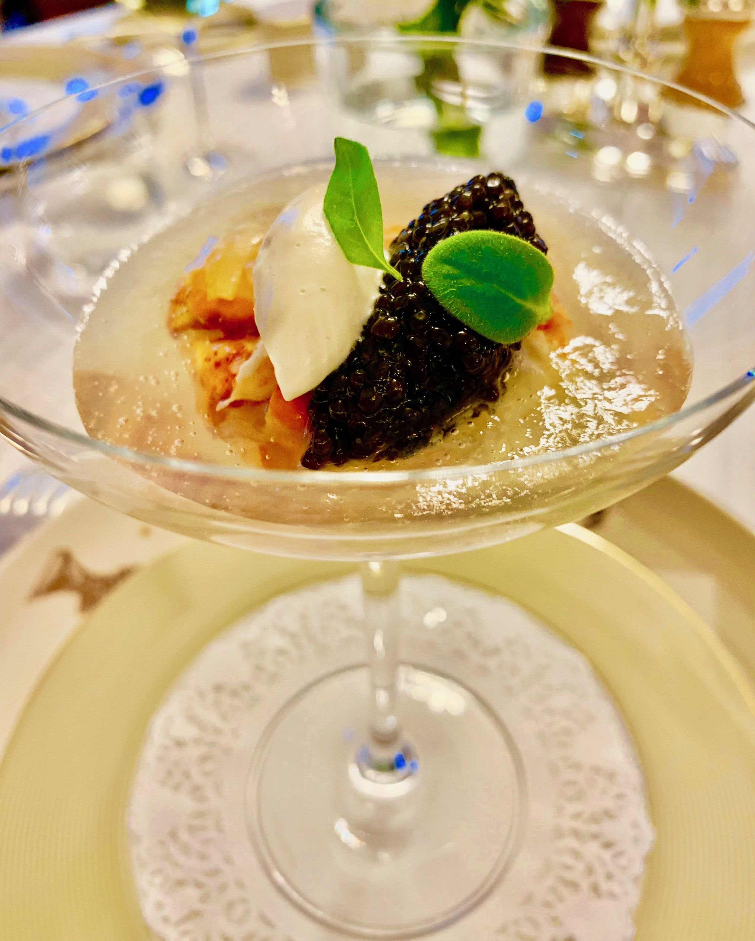 Lobster in an iced Pouilly-Fuissé court-bouillon with lemongrass and caviar