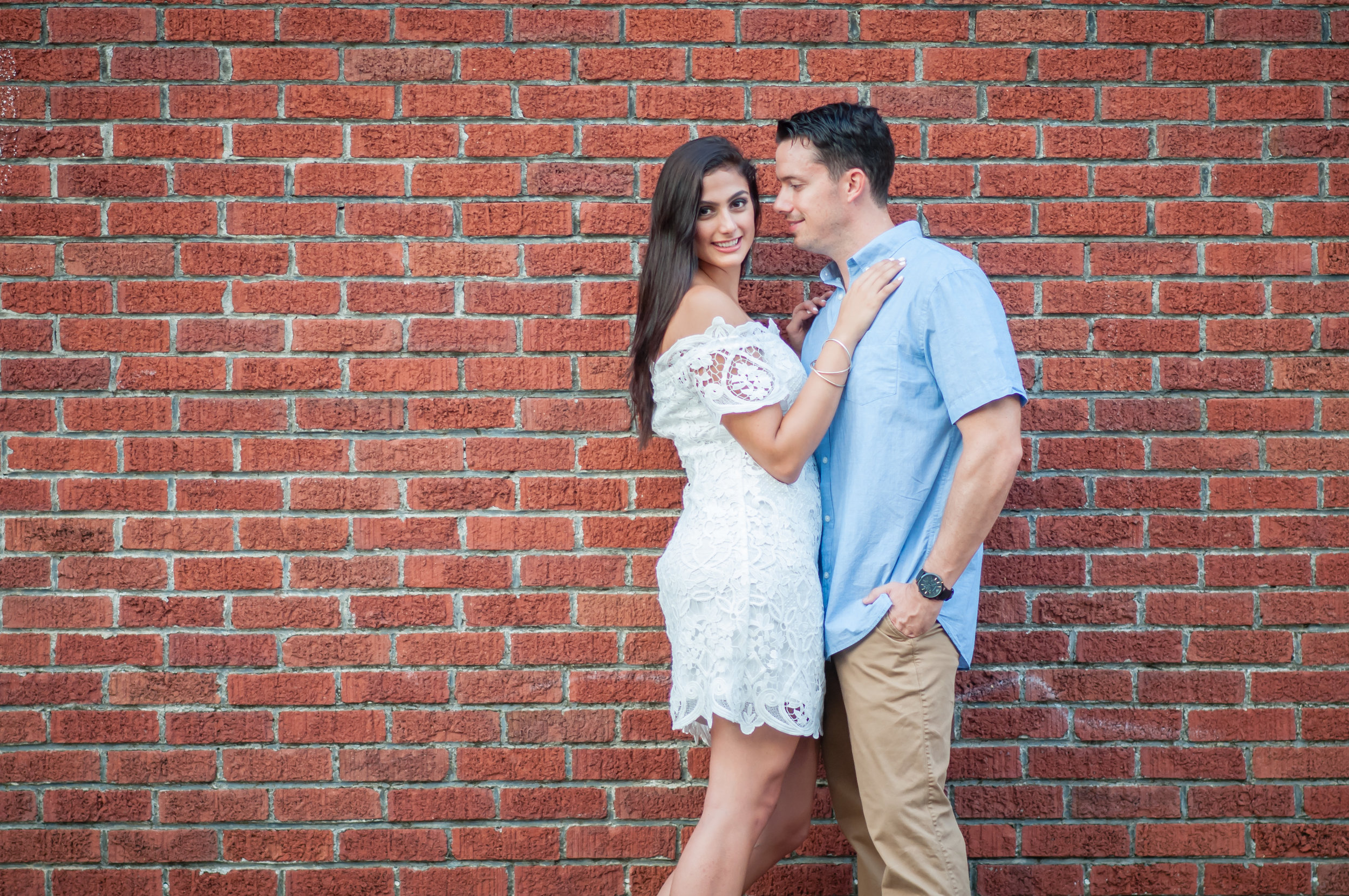 downtown-winter-garden-engagement-session-1-3.jpg