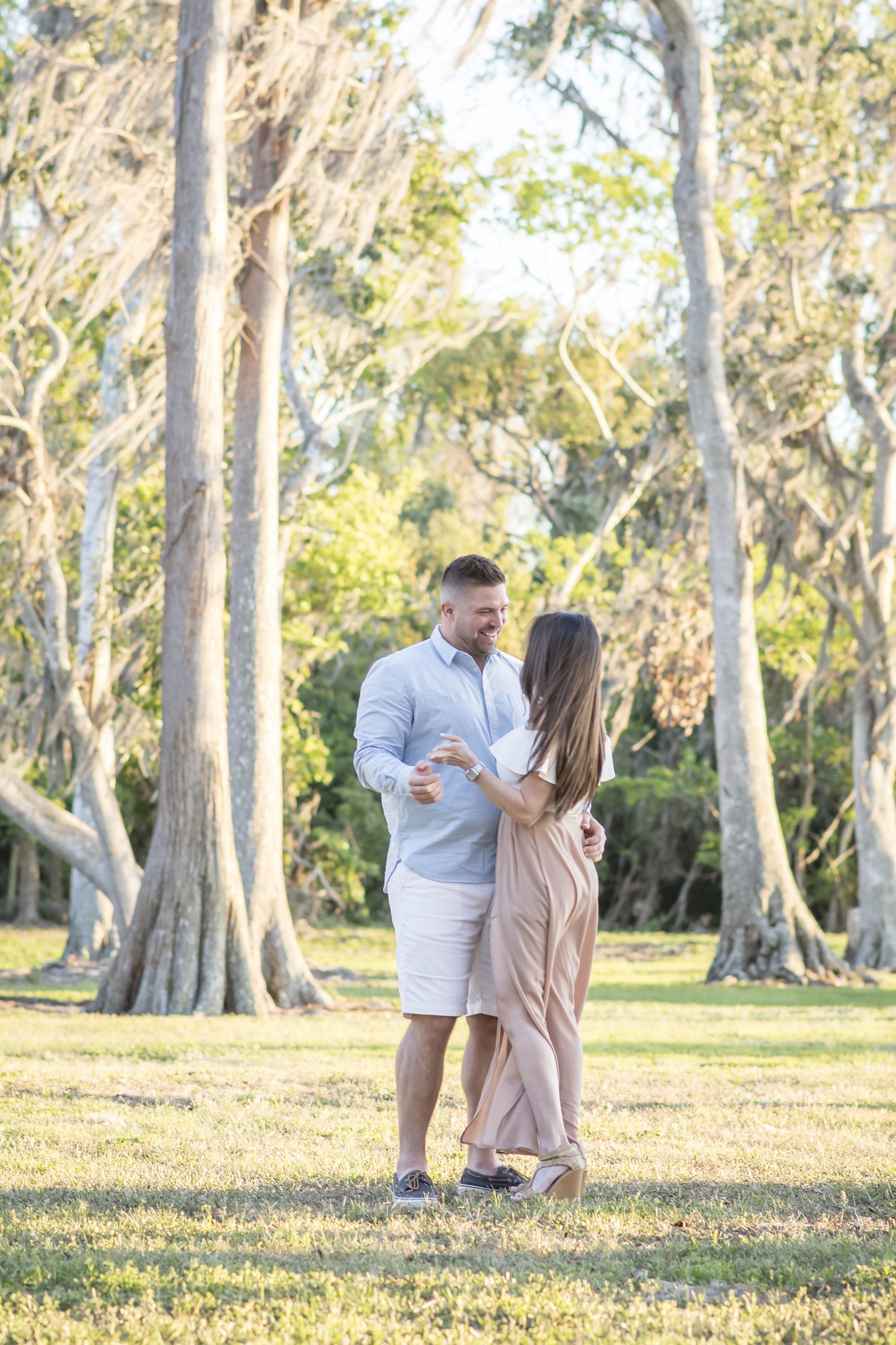 cypress-grove-park-engagement-session-orlando-photographer-yanitza-ninett-16.jpg