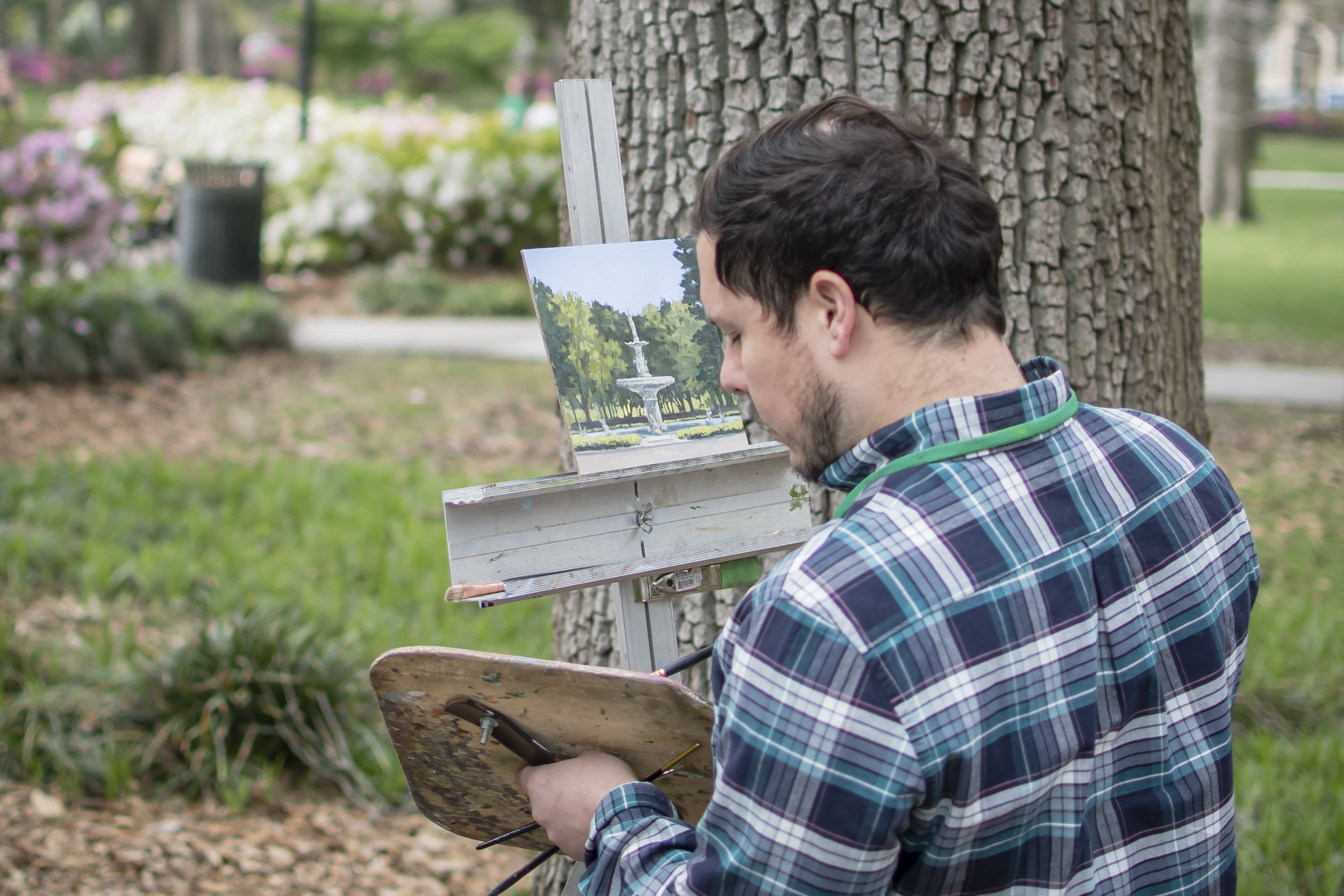 A local artist was painting the fountain located in Forsyth Park.
