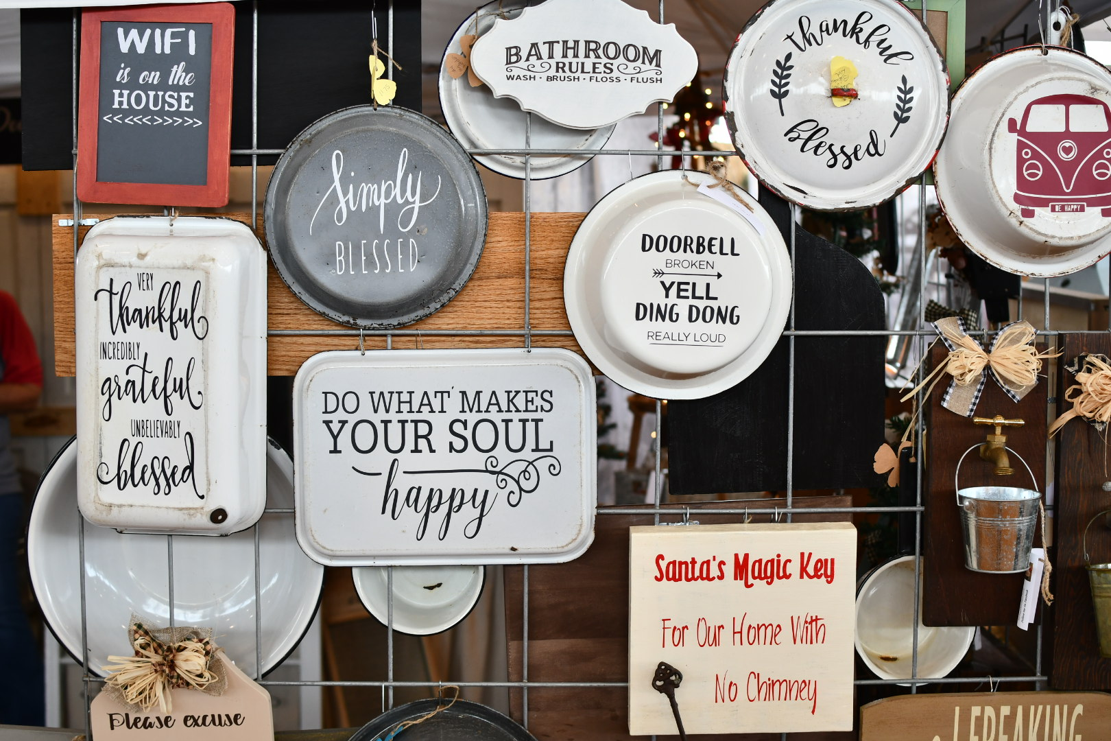 vintage metal signs Yanitza Ninett photography