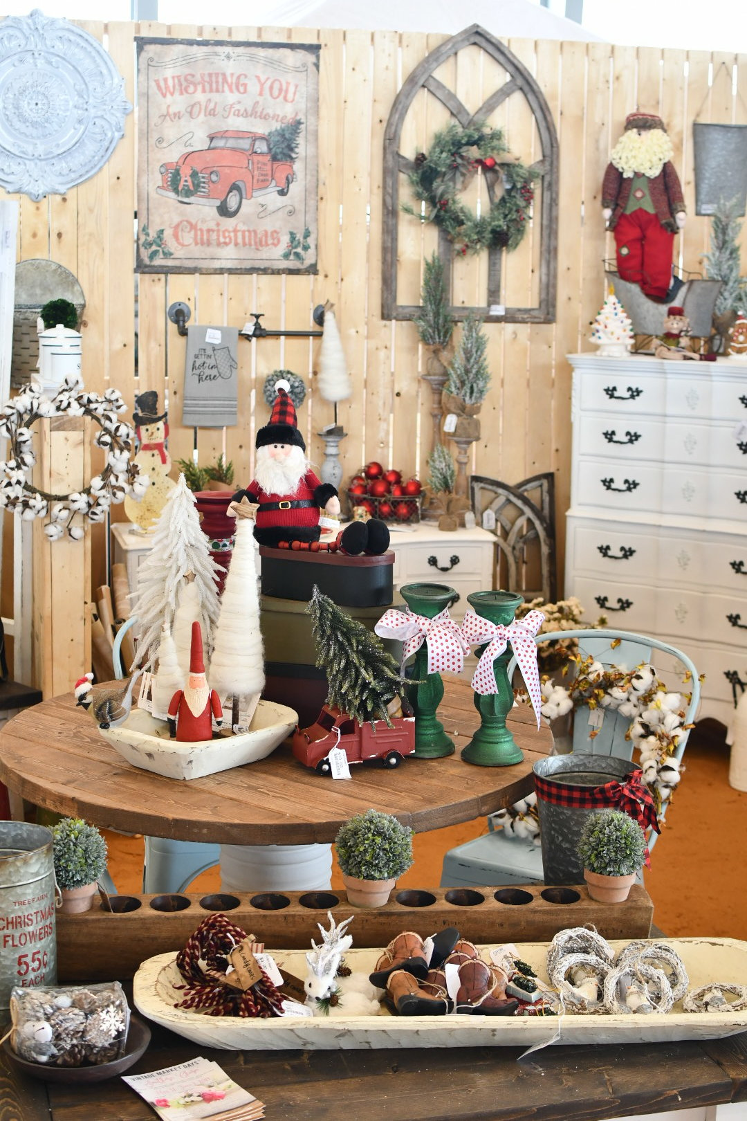 vintage inspired Christmas decorations Yanitza Ninett photography