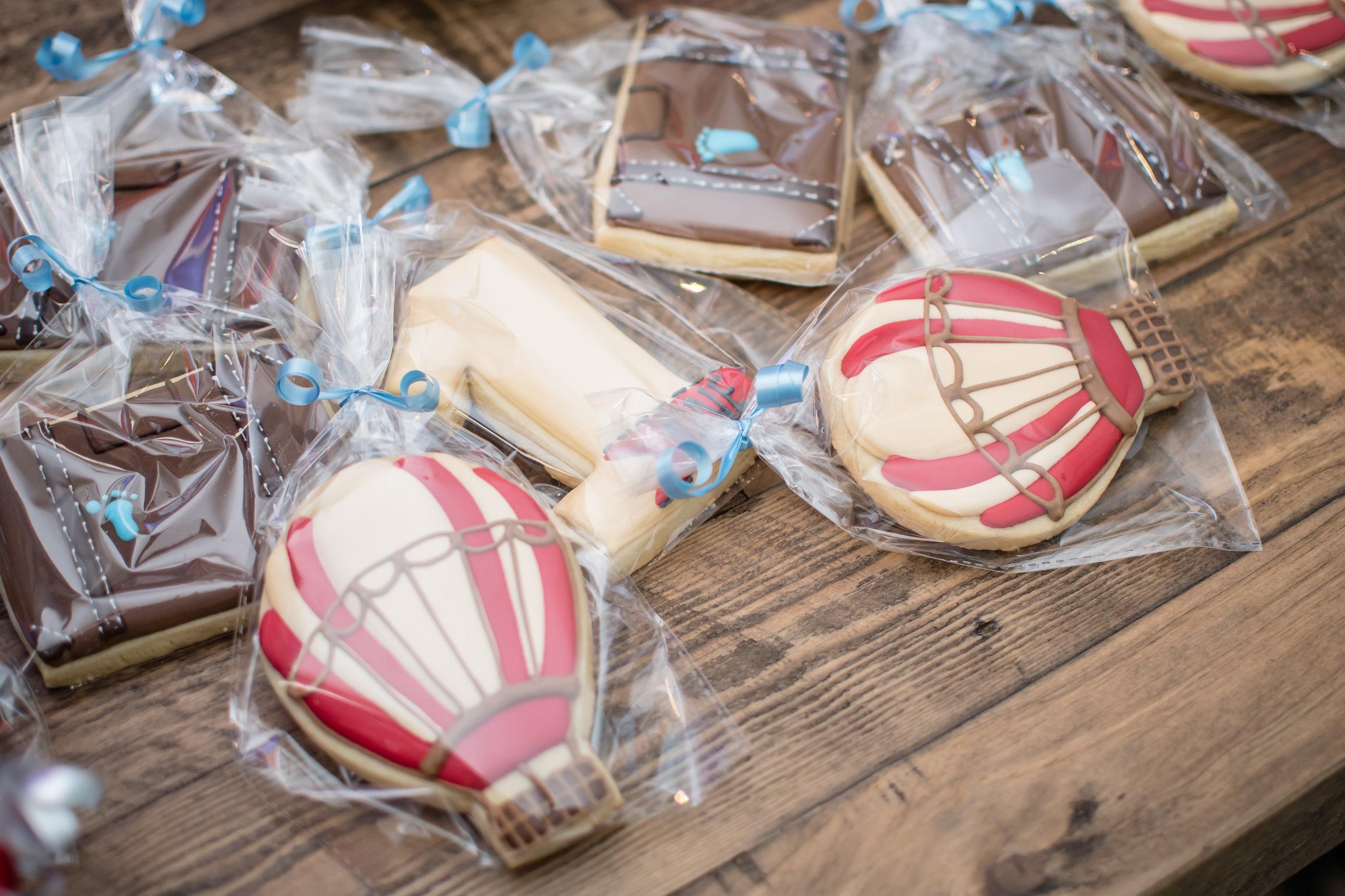 hot-air-balloon-cookies-travel-inspired-baby-theme-birthday-orlando-photographer-yanitza-ninett-18.jpg