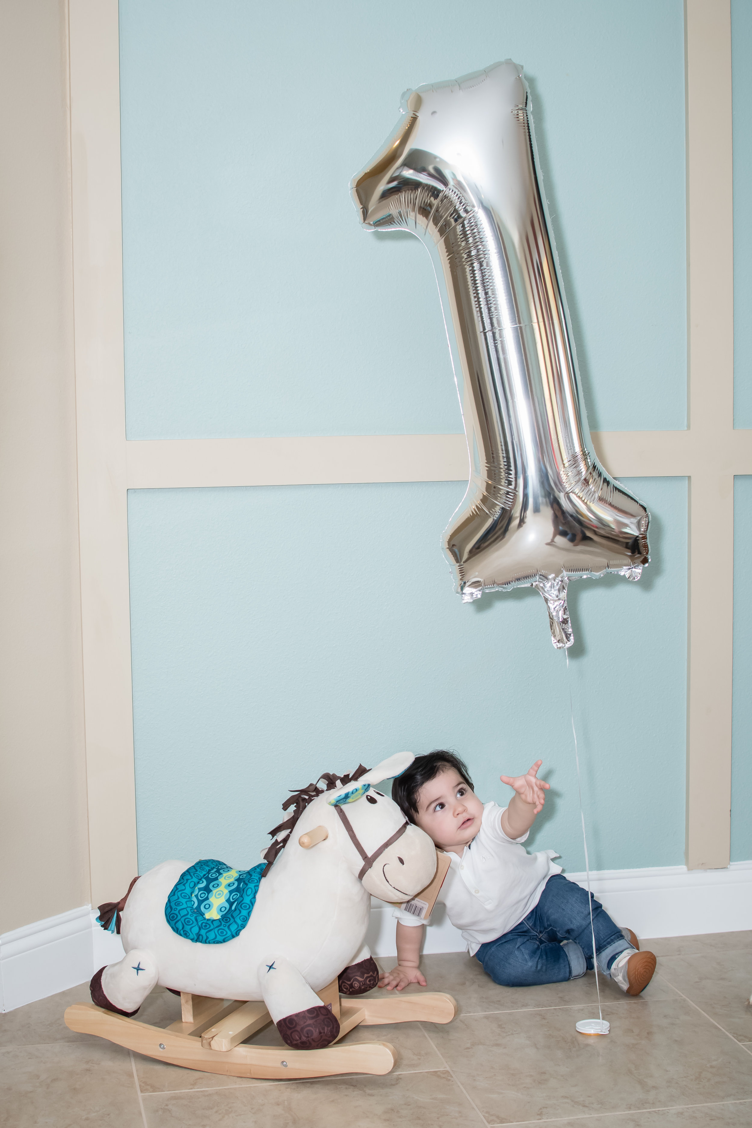 travel-inspired-baby-theme-birthday-orlando-photographer-yanitza-ninett-16.jpg