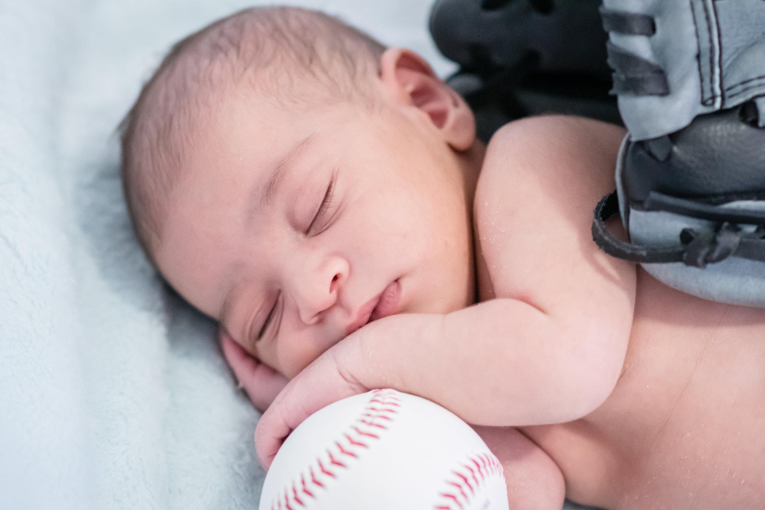 newborn-photos-travel-photographer-yanitza-ninett-100.jpg